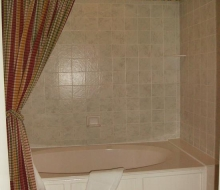 Suite-201-Bathroom
